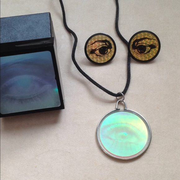 Vintage jewelry rad eye hologram necklace earrings box poshmark rad eye hologram necklace earrings jewelry box aloadofball Choice Image